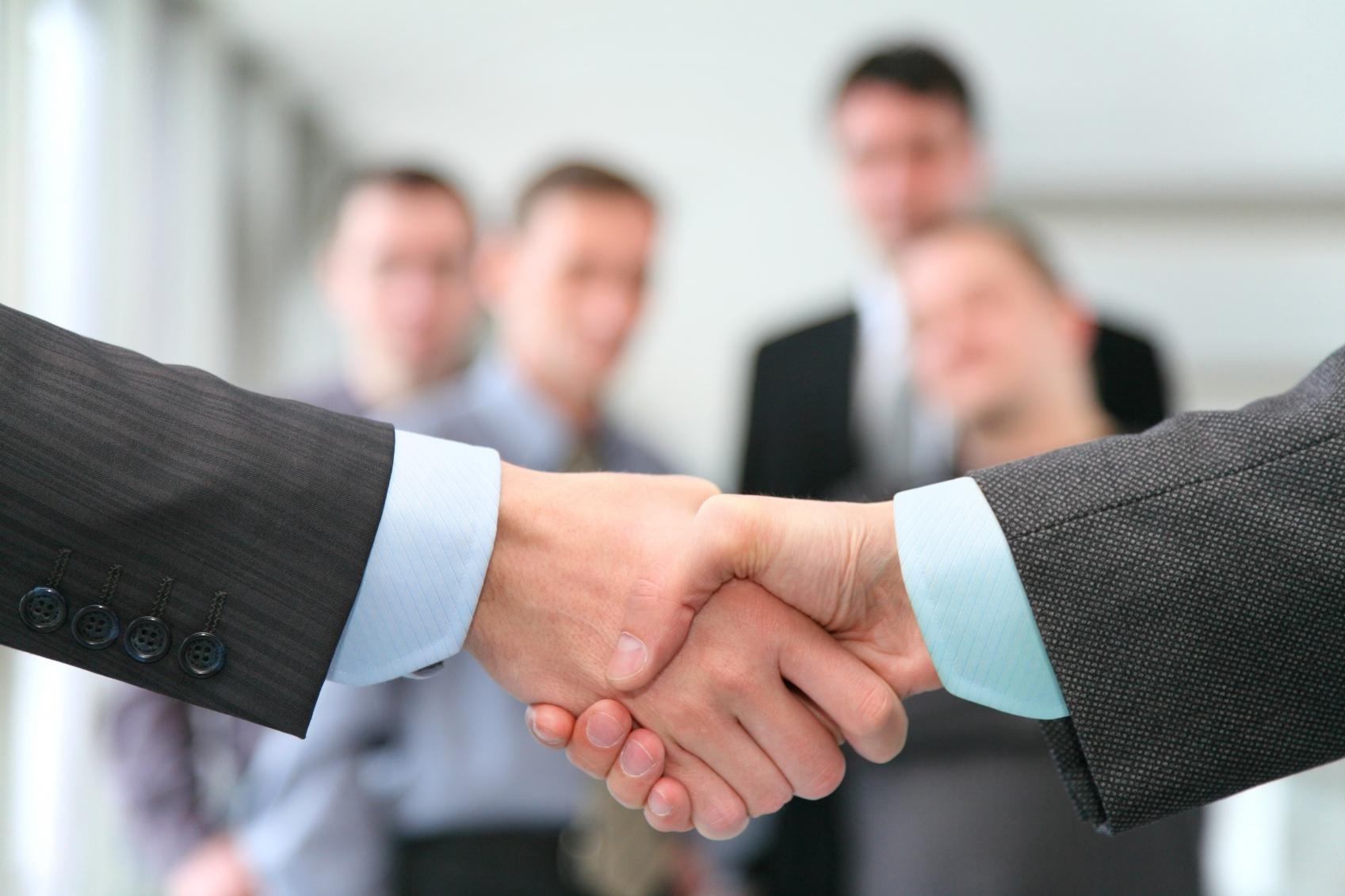 Bkpam2120314 Hand Shake